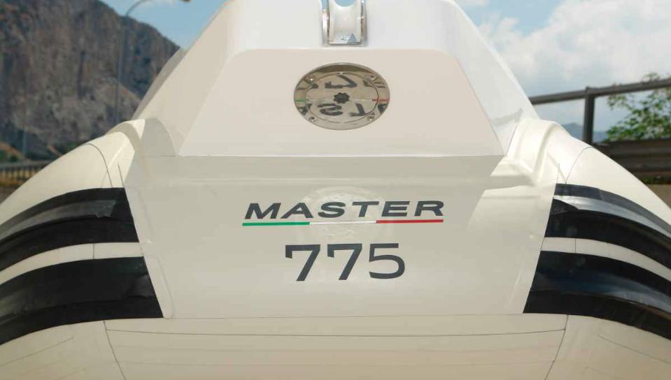 Gommone Master 775 per stagione 2022